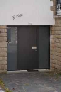 porte-dentrée-63-200x300